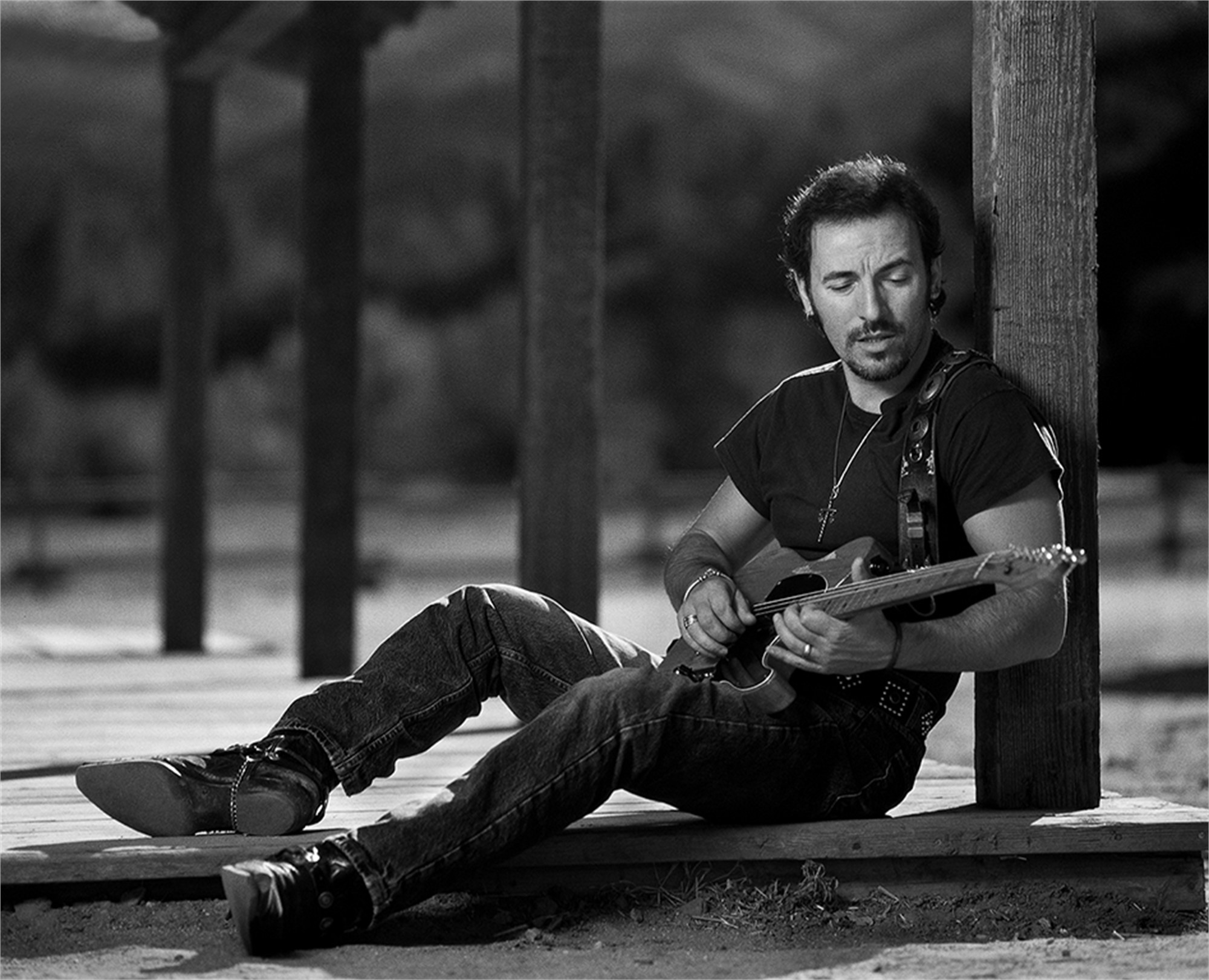 91152 Bruce Springsteen With Guitar BW by Timothy White