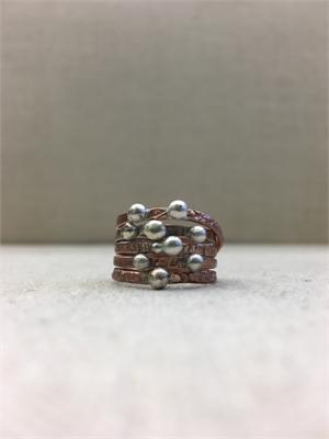 1424-10  Ring