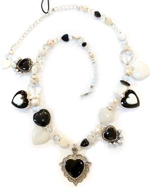 KY 1329-Single strand w black onyx, rock crystal, fresh water pearls, 2019