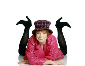91092 Shirley MacLaine Feet Up Color, 1991