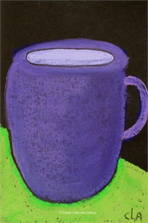 GREEN TABLE UNDER PURPLE MUG