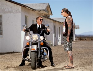 02020 Harrison Ford Riding With Indian Larry Amboy Color, 2002