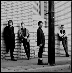 89013 R.E.M. Standing 2 BW, 1989