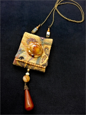 Hand Carved Agate Button Bag-ette