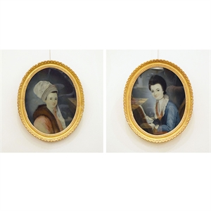PAIR OF OVAL REVERSE PAINTING ON GLASS PORTRAITS OF LADIES , Chinese, circa 1805