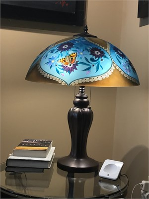 "Display Lamp Flutter 18"" Base 2-L"
