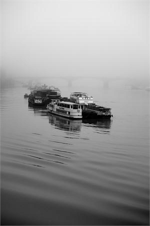 thames fog, 2017