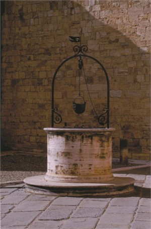 Ancient Well, S. Quirico, Italy, 2005