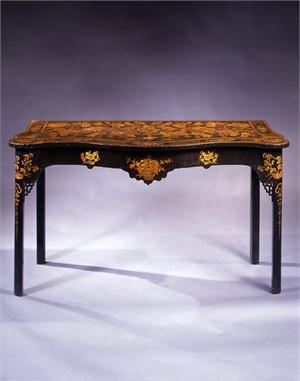 IRISH JAPANNED SERPENTINE-SHAPED CONSOLE TABLE, Irish, circa 1760