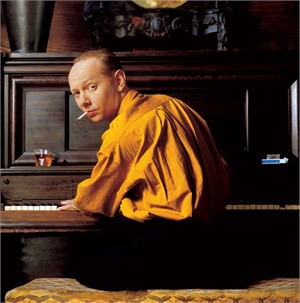 89042 Joe Jackson At Piano Color, 1989