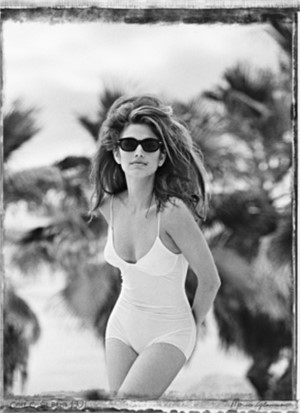 Cindy Crawford  (1/7), 1990