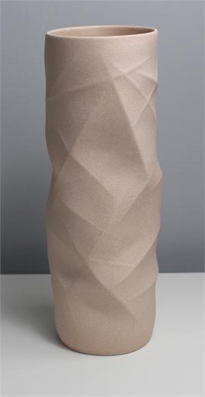 Maxi Nude Geo Vessel, 2019