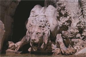 Bernini's Lion, Piazza Navona, Italy, 2005