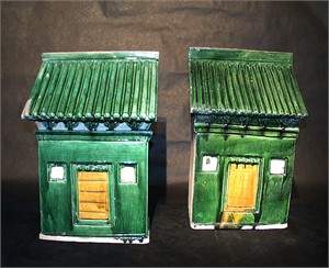 PAIR OF GLAZED POTTERY HOUSES, Chinese, Ming Dynasty (1368-1644)