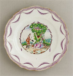 CHINESE EXPORT PLATE WITH SPORTSMAN DOFFING HAT TO LADY, Chinese, 18th century