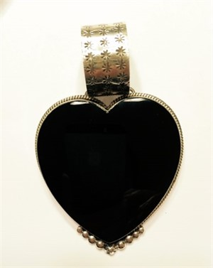 Pendant - Large Onyx Heart with Silver Bead