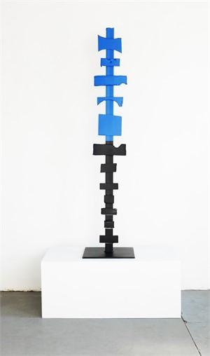 Black & Blue Totem, 2016