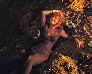 96010 Sophia Loren The Rocks Malibu 1996 Color, 1996