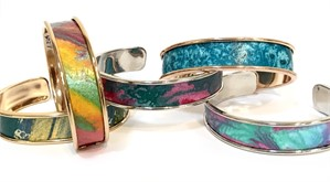 "Bracelet -  1/2"" Cuff Assorted Hand-painted Paper"