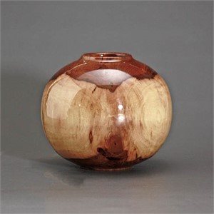 Hickory Hollow Form Globe