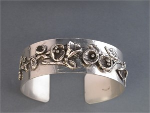 Bracelet - Sterling silver cuff with fine silver water casting. AS 002, 2018