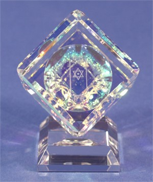 Crystal Cube 060mm with Judaic with 3 sided images on Base-S