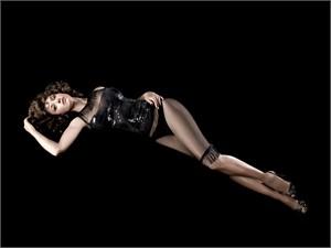 08003 Jennifer Beals on Black Color, 2008