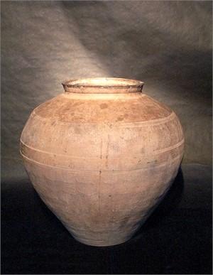 LARGE GREY POTTERY STORAGE JAR, Han Dynasty (206 BC - AD 220)