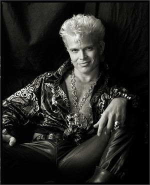 90109 Billy Idol 1 BW, 1990