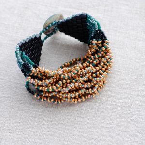 B031 Bracelet