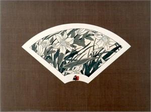 Fan - Silver Lilies