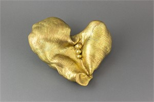 "Smooth Gold Heart 11"" original price $375 PROMO $188"