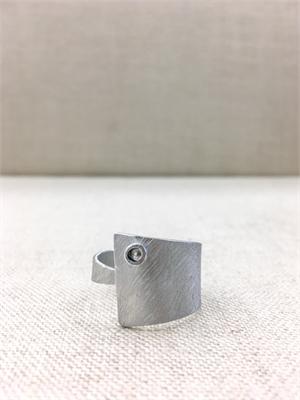 8253 Ring
