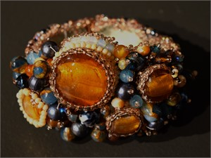 Amber Glass/Blue Glass Bead bracelet