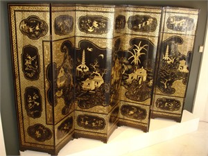 EIGHT PANEL BLACK LACQUER AND GILT SCREEN, Chinese, 19th century