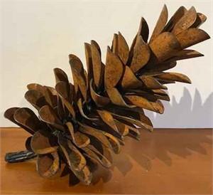 Pine Cone 18-075