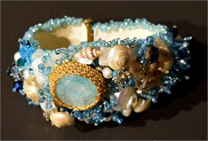 Aqua Seashell (Mermaid) bracelet
