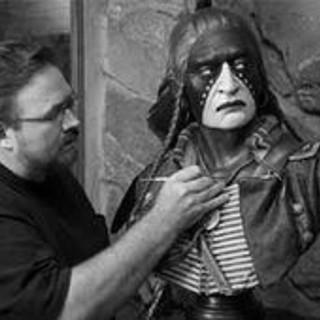 Dave McGary (sculptor)