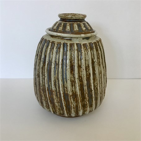 "Richard Winslow | Ribbed Pot With Lid  | Ceramic | 9.5"" X 7"" 