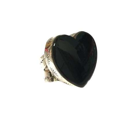 Ring - Sterling Silver Clean Line Onyx Heart Adjustable