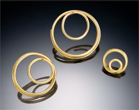 Brooch: Circle in Circle in 18kt Gold