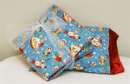 Quilt & Pillow - Vintage Rocket Kids