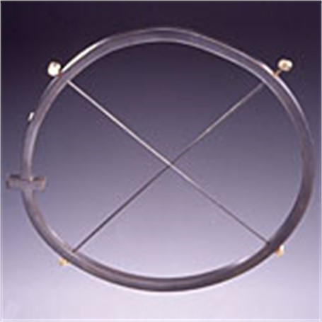 Brooch: Cirlce with Line