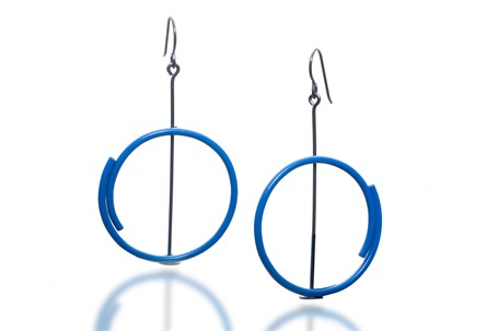 Earring: Medium Cirlce in Blue