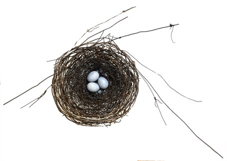 Hand Woven Wire Nest 1223 With Turquoise Ceramic Eggs