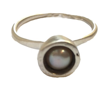 Ring -  Silver with Pearl Size 8.5  #61