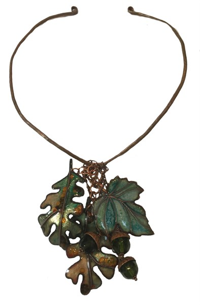 184D - Maple and Oak Leaves