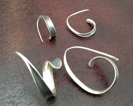 Earrings - Anticlastic Silver Hoops PP32