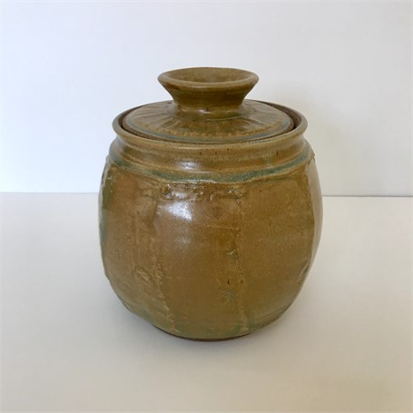 "Richard Winslow | Round Pot With Lid | Ceramic | 8.5"" X 7"" 