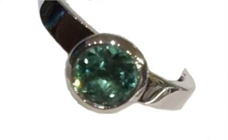 Ring-Stackable Sterling Silver with Green Quartz /size 7